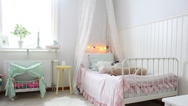 https://ilikeinteriors.nl/wp-content/uploads/2018/01/kinderkamer-roze-213-Copy_740x416_acf_cropped.jpg